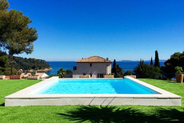 Le Rayol Cnanadel Sur Mer un INEA piscine