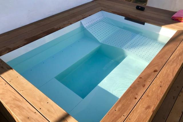 Installation de piscine et spa en polypropylène dans le Golfe de Saint Tropez