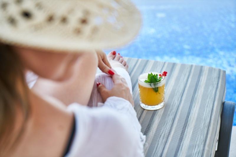 Faire construire sa piscine sur mesure en polypropylène à Nice (06)